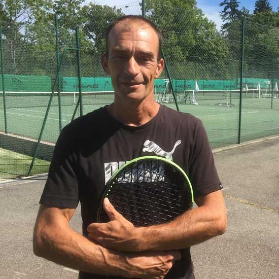 Christophe Constanty, coach au Tennis Club d'Evian (TCE)