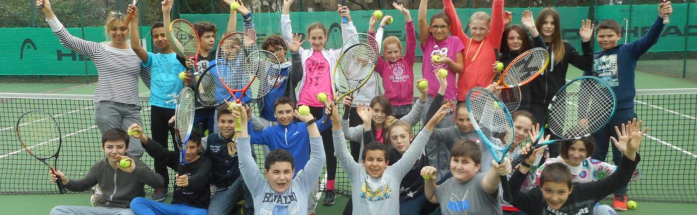 Cours pour les juniors au Tennis club d'Evian (TCE)